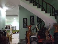 Bán nhà đường Nguyễn Tuyển, Q2, 6,05x17m, hướng ĐB, nội thất sang trọng, giá 13 tỷ. LH 0903 824249