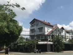 Cho thuê biệt thự góc 2 mặt tiền Nguyễn Duy Trinh, ngay Lake View City, Quận 2