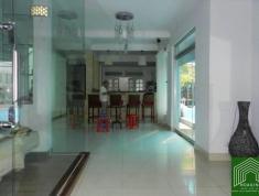 Cho thuê villa Quận 2 Thảo Điền hồ bơi 320m2, 6PN giá 58tr/tháng