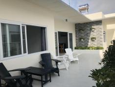 Cho thuê căn hộ chung cư Bộ Công An, Quận 2. Căn có sân vườn 20m2, 3PN, 3WC full NT, giá 23 tr/th