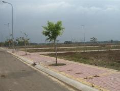 Bán lô đất mặt tiền đường Xa Lộ Hà Nội, P. An Phú, Q2, sổ đỏ riêng, DT: 35x45m, đã trừ hết lộ giới