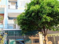 Cho thuê villa đường Quốc Hương, Thảo Điền, Quận 2, 140m2, giá 47.8 triệu/tháng