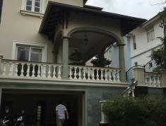 Cho thuê villa đường 14, D6, P. Thảo Điền, Quận. 140m2, giá 42 triệu/tháng