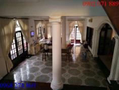 Bán gấp villa tại P.Thạnh Mỹ Lợi Q2, diện tích 16 x 18m, giá 25 tỷ, nằm trong khu biệt thự Hà Đô