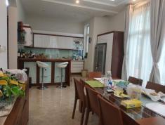 Cho thuê villa đường 55, Thảo Điền, Quận 2, 1000m2, giá 136.5 triệu/tháng