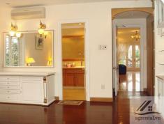 Cho thuê Villa Thảo Điền 500m2, 1 trệt 2 lầu 5PN 5WC nội thất đầy đủ, sân vườn hồ bơi giá 187 triệu