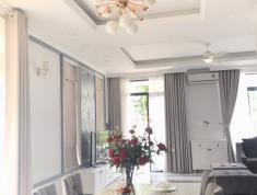 Tôi cần bán villa tại đường Nguyễn Văn Hưởng, P. Thảo Điền, quận 2, DT 7,5m x 33m, giá 24 tỷ