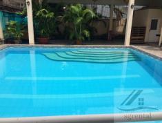 Cho thuê villa Thảo Điền, 400m2, 1 trệt 2 lầu, 4PN, 5WC, nội thất cơ bản có hồ bơi, giá 99 tr/th