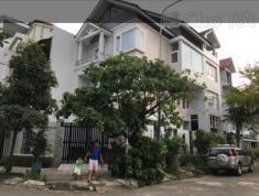 Bán nhanh căn villa, đường 66, Thảo Điền, Quận 2. Diện tích 1601m2, giá bán 100tr/m2
