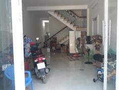 Bán gấp nhà phố KDC 10ha, 5x20, sổ hồng. LH 0903824249