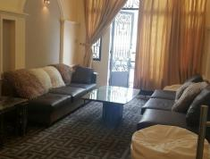 Nhà phố cho thuê phù hợp showroom, diện tích 240m2, giá 40tr/tháng