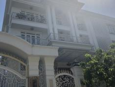 Cho Thuê Villa Phố ,Nguyễn Duy Trinh,Bình Trưng Tây,Quận 2,Diện Tích 600m2 Giá 3500$/Tháng