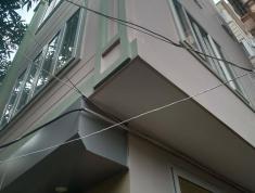 Bán gấp nhà mới đẹp ở Nguyễn Khang Yên Hòa , Đường xe máy tránh.