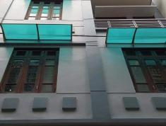 Bán nhà phố Hoàng Quốc Việt: Nhà mới, OTO. DT 52m2. Giá 5,9 tỷ