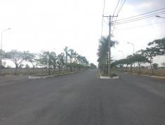 Cần bán gấp lô đất Saigon Eco Lake Sang tên liền tay LH ; 0906640709