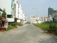 Cho thuê nhà đường 28, Lê Văn Thịnh Quận 2. dt 5mx18m. 3 lầu, 4 phòng. Gía 17 triệu. TL