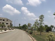 Bán đất mt 825, tt thị trấn Đức Hòa, giá 470tr, sổ riêng