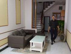 Bán nhà chính chủ Kim Ngưu , nhà đẹp 2 mặt tiền , 5 tầng 3,2 tỷ