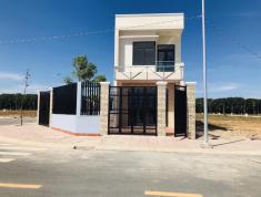 Cần bán gấp căn nhà 1 trệt 1 lầu ngay khu thương mại Vsip giá chỉ từ 750tr, ngân hàng hỗ trợ 60%