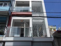 Cần bán nhà ngay hẻm Compound 140 Lý Chính Thắng, Quận 3. DT 98m2, LH 0938242472