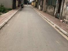 Vỡ nợ cần bán 45m đất Dương Quang, đường 3m, oto vào nhà, giá 550 triệu.LH: 03.3861.1368