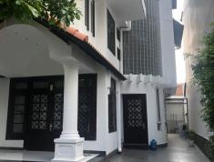 Cho thuê Villa đầy đủ nội thất Thảo Điền 7,5x23m – Giá 55 triệu/ tháng.