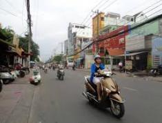 Cho thuê nhà mt Âu Cơ, Tân Bình. dt:7,5x30m