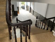 Bán nhà nội bộ 12 m, i: 5x20m, 1 bán hầm, 1 lửng, trệt, 2 lầu rất mới, 1 sân thượng, nhà có 2 lối