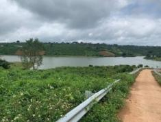 Chính chủ bán đất mặt tiền hồ Đông thị trấn Di Linh, tỉnh Lâm Đồng