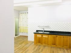 Phòng đầy đủ tiện nghi mới xây, thoáng mát, yên tĩnh, an ninh đảm bảo ngay vòng xoay lăn cha cả