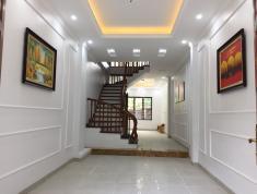 Cần bán nhà riêng phố Hoàng Văn Thái 50m2 x 4.5 tầng