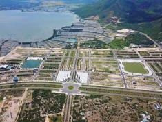 Bán nhanh 1 số lô đất vị trí đẹp đường lớn, view hồ dự án Golden Bay 602 Hưng Thịnh, LH