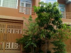 Chính chủ cần bán gấp nhà mặt tiền Lã Xuân Oai 6.6x28m giá 12.8 tỷ, lh: Nhật Quang 0931200685