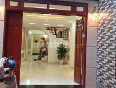 Bán nhà ngõ 36 Duy Tân, xây mới 5 tầng, diện tích 40m2