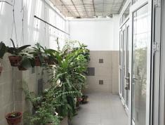 Bán nhà 1 trệt 1 lầu MT Đường nguyễn cừ q2 : giá 170tr/m2