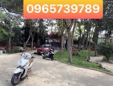 Bán biệt thự nghỉ dưỡng thị trấn Hóc Môn, Dt 2000m2,giá cực sốc