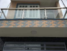 Bán nhà 1 lầu, sân thượng, giá 4,1 tỷ, hẻm ô tô, p. Bình Trưng Đông, quận 2. LH: 0933268080