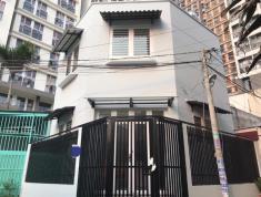 Bán nhà 1 lầu, giá 3,55 tỷ, đường Nguyền Duy Trinh rẻ vào, quận 2. LH: 0933268080