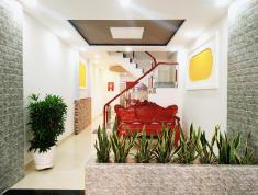 Nhà Trần Quang Khải ,hẻm 5met, 55m2, 3 tầng, ban công hướng nắng chống Covid19, LH 0944260400