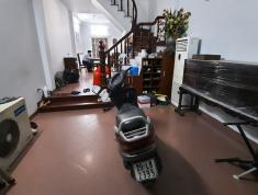 Cần bán gấp nhà phố Trung Kính thông ngõ 110 Trần Duy Hưng, giá hấp dẫn, ô tô tránh cách 20m, kinh