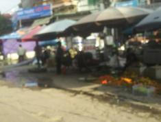 Chính chủ bán 55m2 đất Lạc Đạo, gần chợ, 320tr, phù hợp với công nhân: lh 0835459289 .