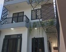 Bên Công ty đang cần bán gấp căn biệt thự 1 trệt 2 lầu , giá bán 16,4 tỷ, hoặc cho thuê dài hạn