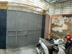 Bán nhà 66m2 x 3 tầng ngã 4 cột đèn, sân cổng riêng, giá 2,5 tỷ. LH : 0972178621