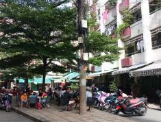 Mặt tiền tầng trệt  CC Huỳnh văn Chính, phường phú trung, Tân phú 1 gác lửng phía trước và