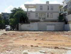 Cho thuê đất trống mặt tiền Nguyễn Văn Hưởng 700m2. Giá 126 triệu/tháng