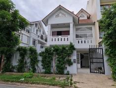 CHO THUÊ  Villa 10x20m Gara,trệt 2 lầu 3P  An Phú QUẬN 2